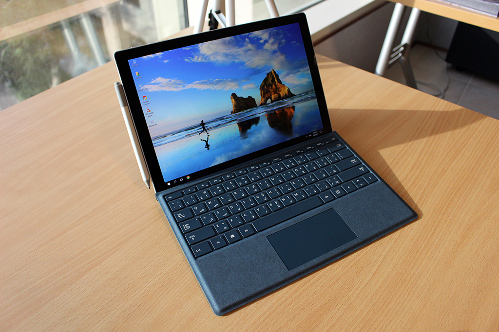 awesome microsoft surface pro lte latest laptops. Black Bedroom Furniture Sets. Home Design Ideas